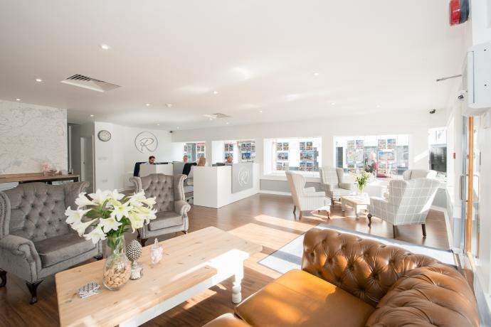 regency estate agents bideford interior