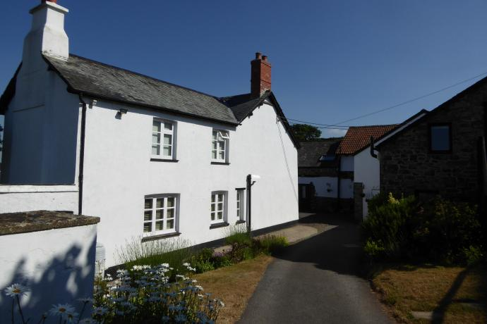 Robin Hill Farm Cottages Littleham Nr Bideford