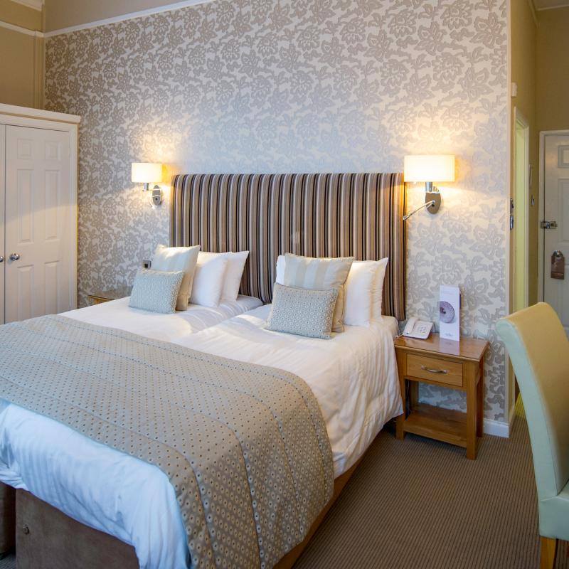 The Royal Hotel Bedroom